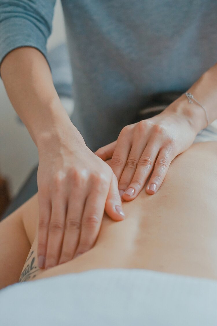 The Difference Between Medical Massage and Spa Massage